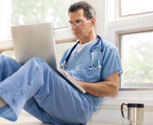 Elektroniczna Dokumentacja Medyczna. Jakiego sprzętu i za ile potrzebuje lekarz?