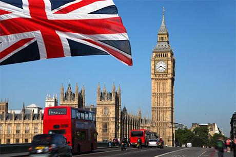 Zanim wyjedziesz do Anglii, wylecz wszystkie zęby!