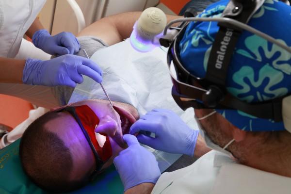 Fluorescencja – zjawisko, które umożliwia wczesną diagnostykę raka