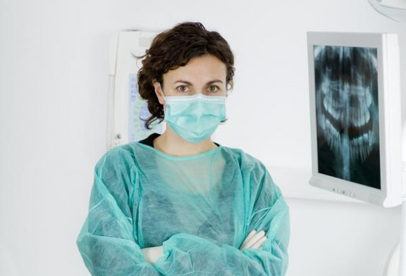 Przepracowana asysta stomatologiczna