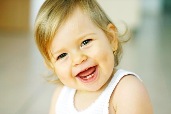 Różnice pomiędzy zębami mlecznymi a stałymi
