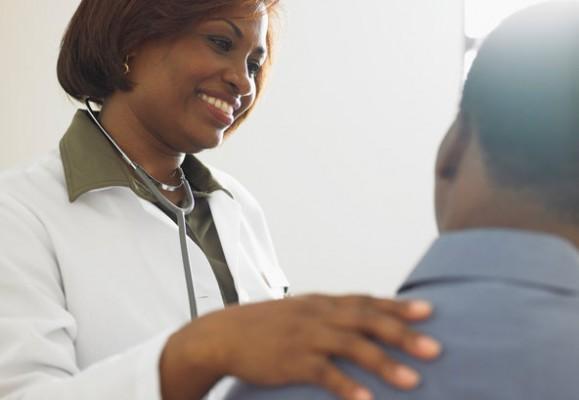Empatia lekarza poprawia efekty leczenia