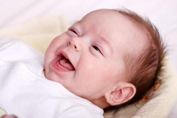 ADA zmienia zdanie: fluor też dla małych dzieci
