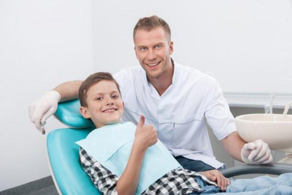 Prośba o informacje o szkolnych gabinetach stomatologicznych