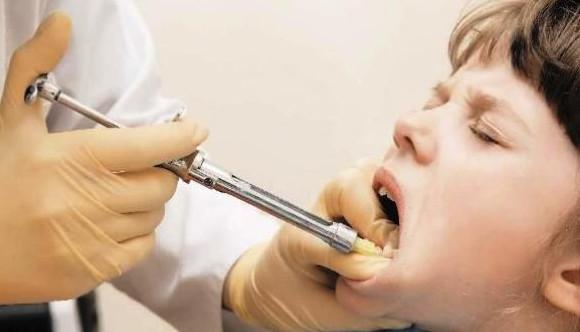 Bolesne znieczulenie zniechęca do wizyt u dentysty