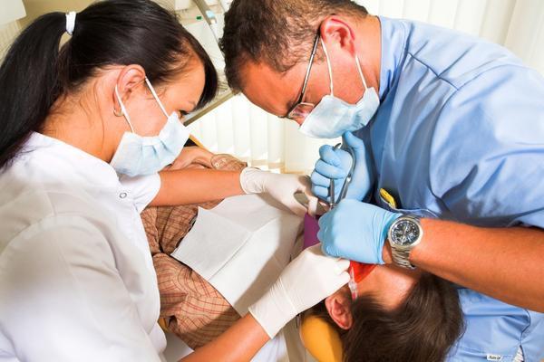 Leczenie stomatologiczne na szarym końcu