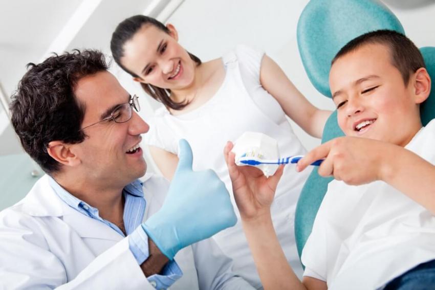 5 najczęstszych pytań o higienę zęby i jamy ustnej u dzieci