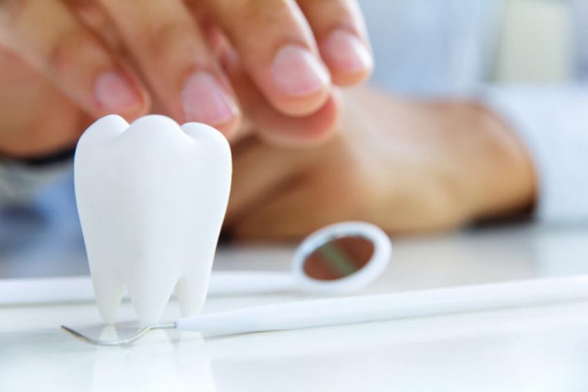 Brak zęba – jakie może mieć skutki dla zdrowia? Poradnik dla pacjentów