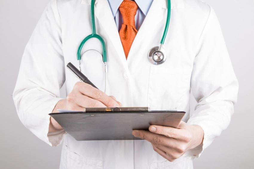 Staż podyplomowy dla lekarzy i lekarzy dentystów przywrócony