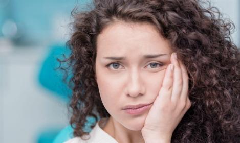 Niebezpieczne bóle stawów skroniowo-żuchwowych