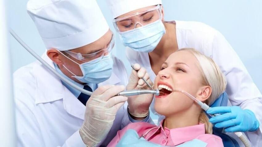 Zabiegi laserowe wykorzystywane we współczesnej stomatologii