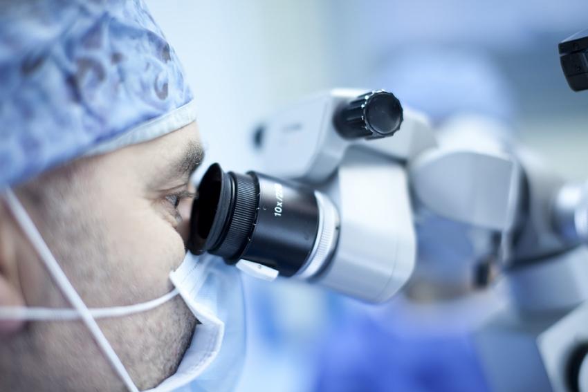 Czy endodoncja jest potrzebna – wywiad z dr. n. med. Bartoszem Cerkaskim i lek. stom. Hubertem Gołąbkiem