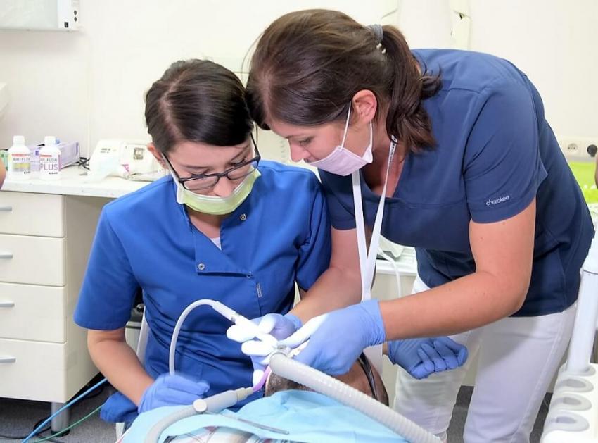 Zawód higienistki i asystentki stomatologicznej wart Poznania