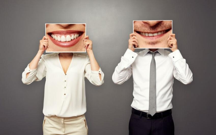 Przebarwienia zębów – jakie mogą mieć przyczyny? Sprawdzamy!