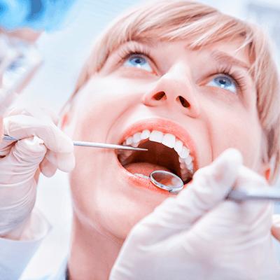 kobieta w ciazy u dentysty