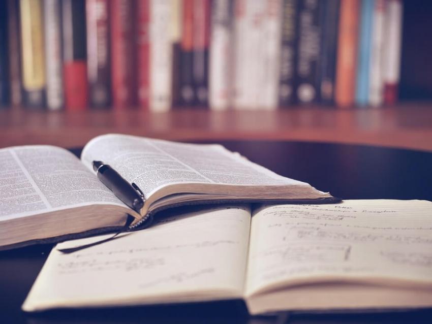 Płatne studia medyczne – propozycja niezgodna z konstytucją
