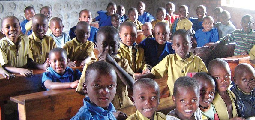 Puszka dla Maluszka, Adoptuj szkołę, Zaczarowany Ołówek i inne