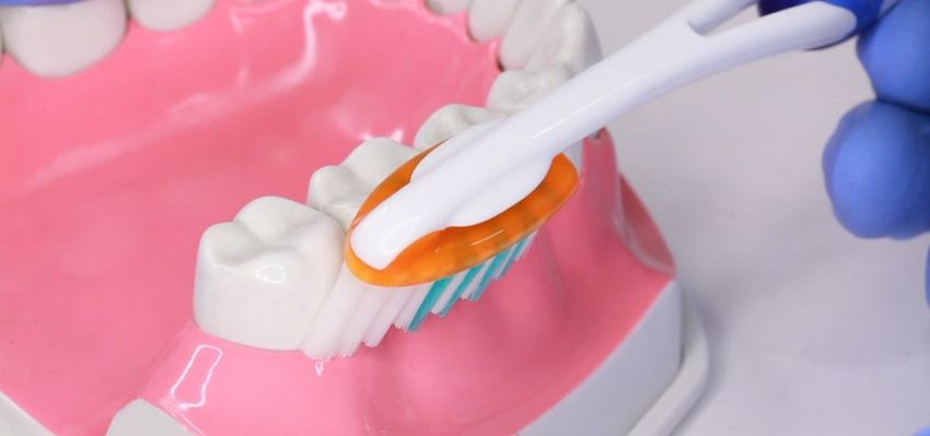 Najczęstsze błędy pacjentów w higienie jamy ustnej [video blog]