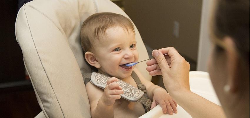 Źródła próchnicy w okresie niemowlęcym? Dyskusja lekarzy