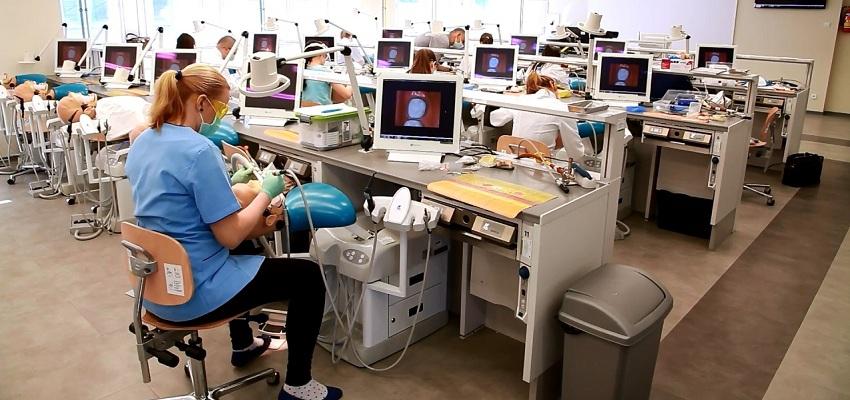 NIE samorządu dla większej liczby studentów stomatologii