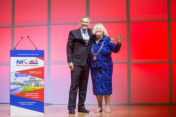 Dr Kathryn Kell nowym prezydentem światowej federacji FDI