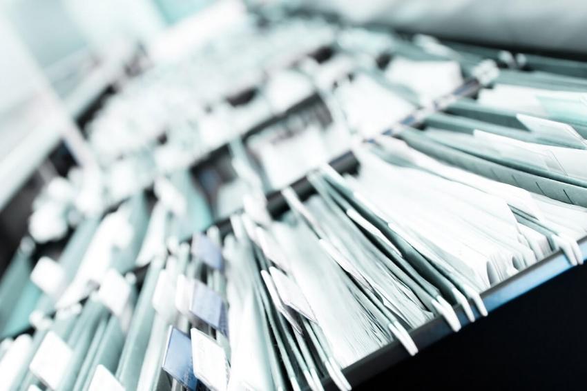 Co zrobić z dokumentacją medyczną po wykreśleniu praktyki?