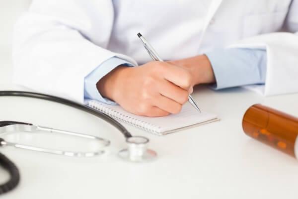 Samorząd lekarski krytycznie o zasadach wystawiania recept