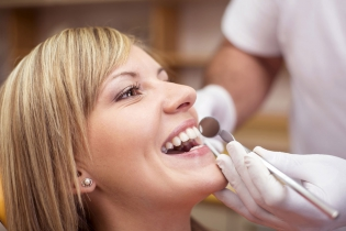 Zatrudnię lekarza dentystę