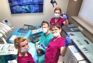 Praca dla Lekarza Dentysty w nowoczesnej klinice stomatologicznej Dent