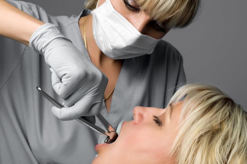 Kielce bez dentysty w nocy, w weekendy i święta, brakuje chętnych