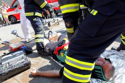 Studenci stomatologii uratowali tonącego
