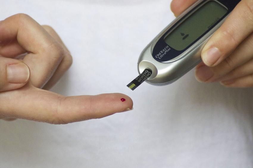 Mężczyźni z cukrzycą bardziej narażeni na wystąpienie paradontozy