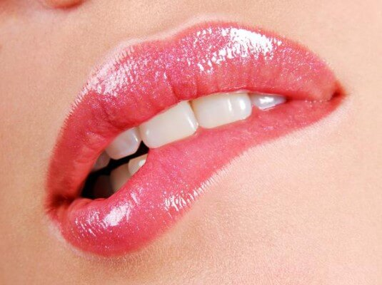 Pękające kąciki ust – skonsultuj to ze swoim stomatologiem!