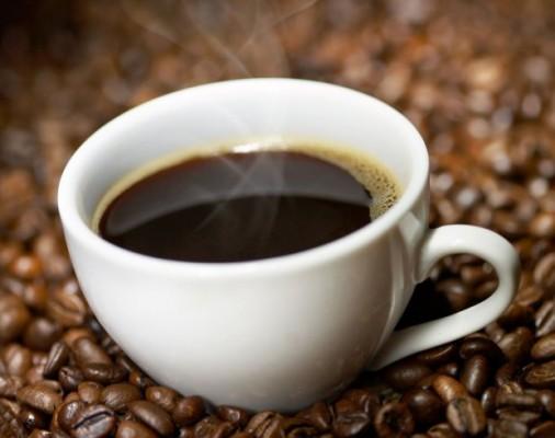 Kawa walczy z próchnicą