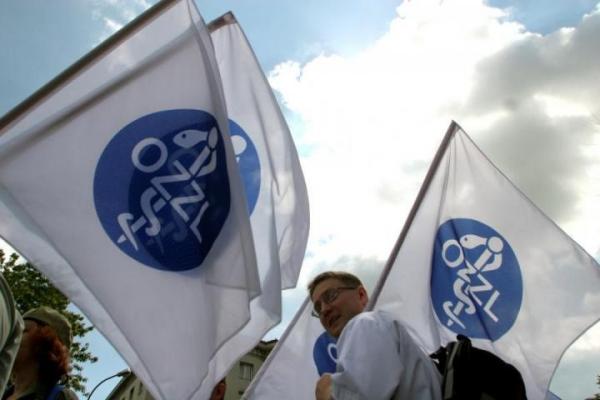 Protest lekarzy w Warszawie. Cel to 6,8% PKB na ochronę zdrowia
