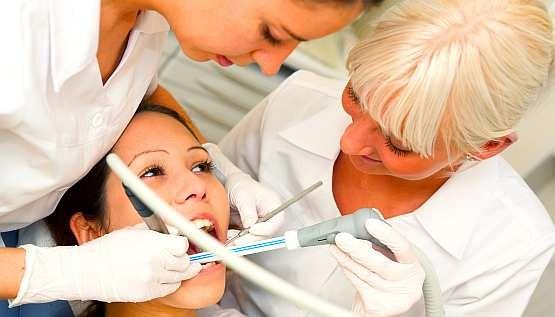 Lewiatan krytykuje deregulacje zawodu asystentki stomatologicznej