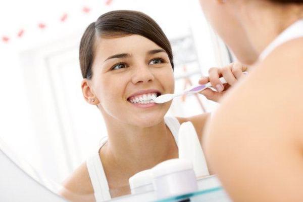 Czy użyłbyś brudnej szczoteczki do zębów?