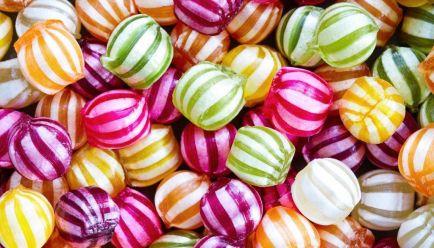 Martwe bakterie w cukierkach