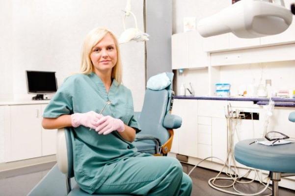 Higienistka stomatologiczna zawód dla twardych