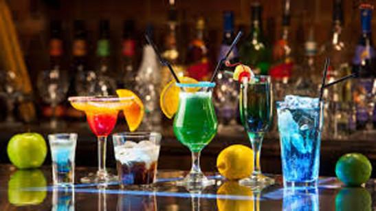 Alkohol psuje zęby, niszczy wątrąbę, zwiększa ryzyko raka