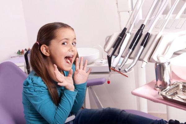 Dentyści uczą na YouTube.com