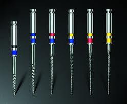 Narzędzia stosowane podczas leczenia kanałowego