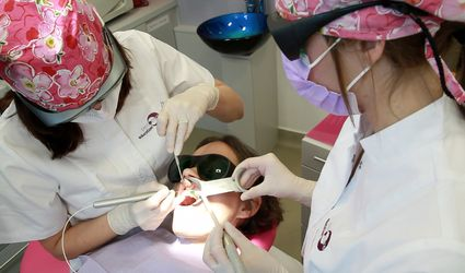 Laseroterapia jest dostępna dla każdego stomatologa