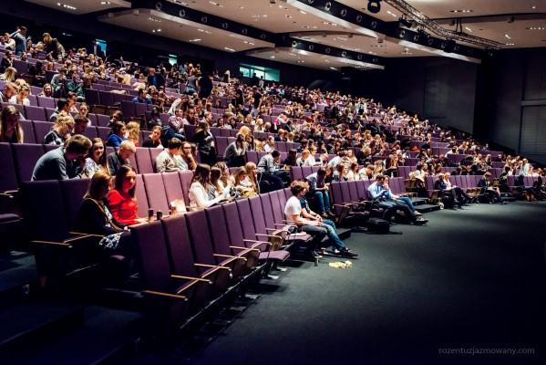 Konferencje dla tysięcy uczestników