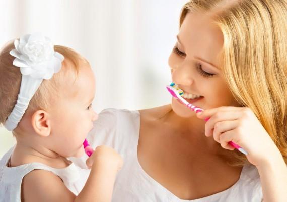 Kiedy dziecko zbyt wcześnie traci zęby mleczne…