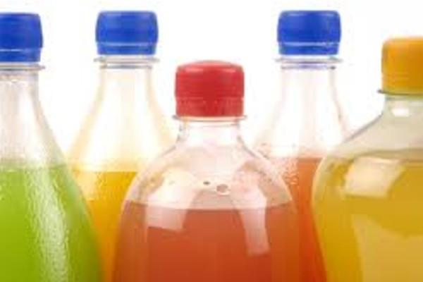 Gazowane napoje szkodliwe dla szkliwa