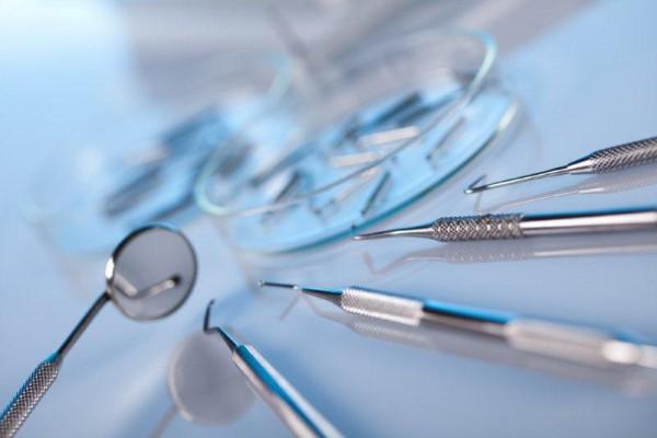 Szkocja: Brak miejsc na specjalizacjach stomatologicznych