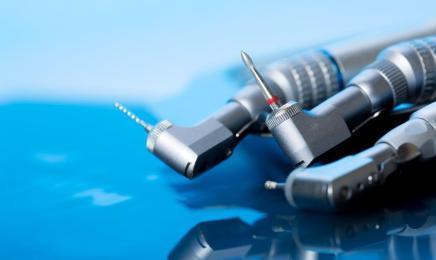 Jak przygotować gabinet do zabiegu implantacji?