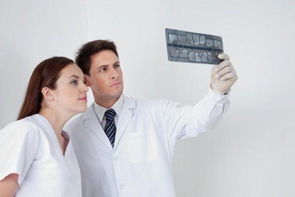 Czy stomatolog może rozpoznać ciążę?
