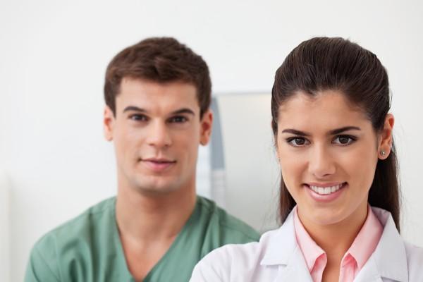 Dentysta i lekarz muszą odpracować koszt rezydentury?